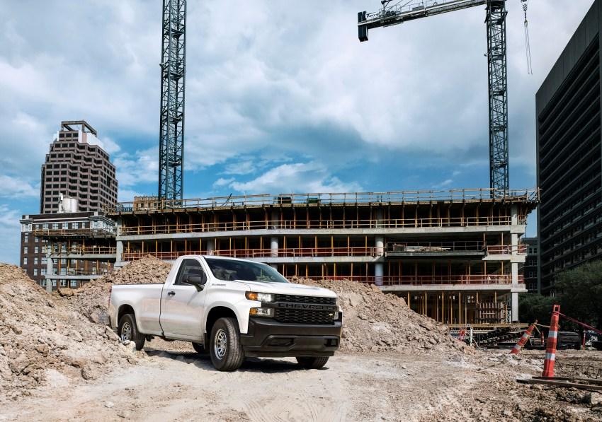 2019-Chevrolet-Silverado-017.jpg?resize=
