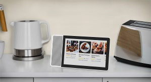 Lenovo Smart Display with Google Assistant - 9