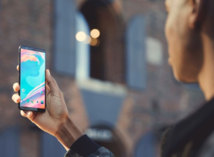 Unlock the OnePlus 5T With Your Face