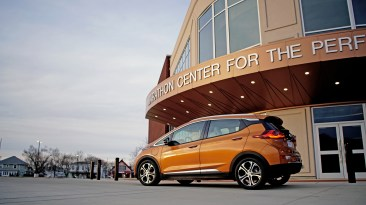 2018 Chevy Bolt Review - 11