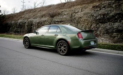 2018 Chrysler 300 Review -1