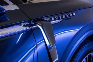 New Lincoln Aviator - 10