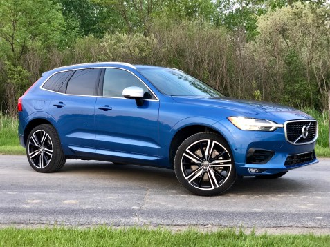 2018 Volvo XC60 Review - R-Design - 13