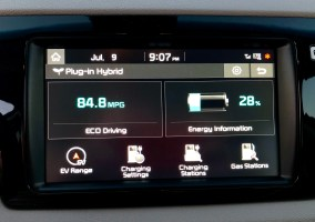 2018 Kia Niro PHEV Review - 1