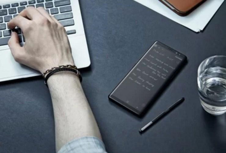 Screen-Off Memo, Big Battery & More