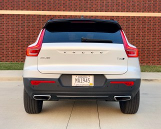 2019 Volvo XC40 Review - 6