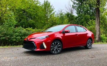 2018 Toyota Corolla Review - 16