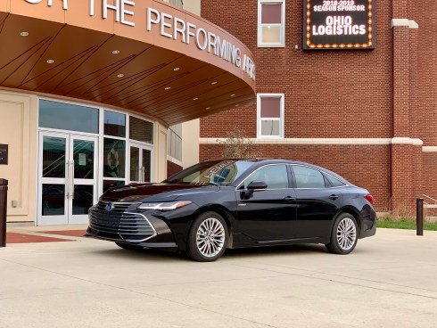 2019 Toyota Avalon Review - 1