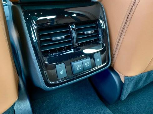2019 Toyota Avalon Review - 16