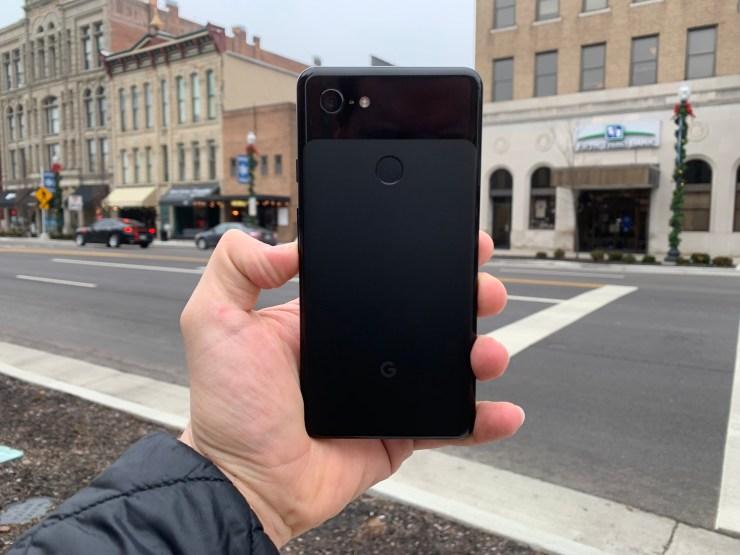 I'm a big fan of the Pixel 3 XL design.