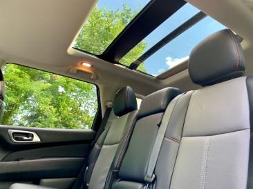 2019 Nissan Pathfinder Review - Interior - 19