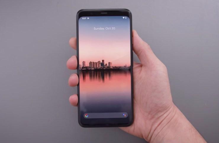 Pixel 4 vs Galaxy S10: Displays