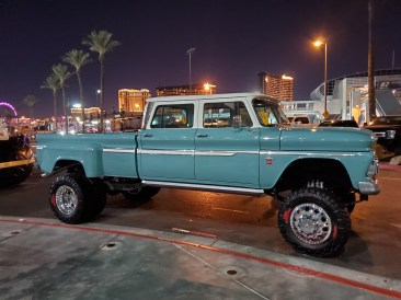 Beautiful-chevy-dually