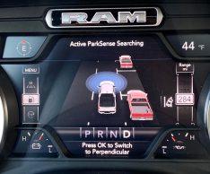 2020 Ram 1500 Laramie HEMI eTorque Review - 16