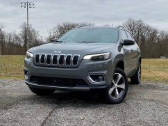 2020 Jeep Cherokee Review - 12