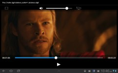 Samsung Galaxy Tab 8.9 - Thor is handsome, but his sadface isn't as good as Loki's