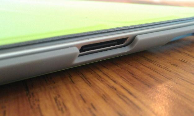 The corners around the cutouts are very sharp on the AViiQ Smart Case
