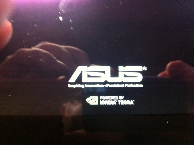 New ASUS Eee Pad Transformer Splash Screen with Power by Nvidia