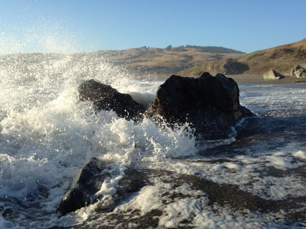 iPhone 4S action shot - waves on the beach