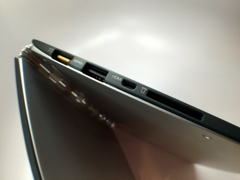 Lenovo Yoga 3 Pro Review - 10