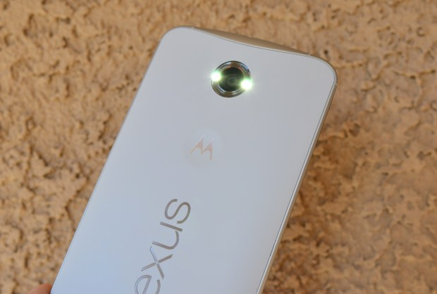 How to Use the Nexus 6 as a Flashlight
