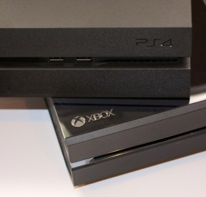PS4 vs Xbox One 2014 Buyer's Guide -  7