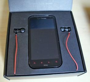 HTC Rezound Inside the Box