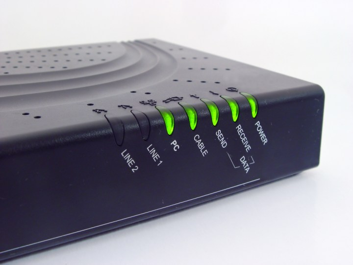 how to connect router to modem spectrum