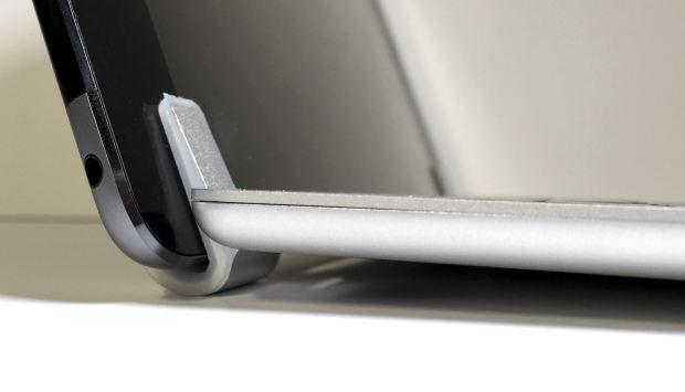 brydgeair keyboard hinge front