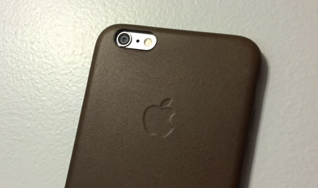 Most users can install IOS 8.1 on the iPhone 6 Plus without worry.
