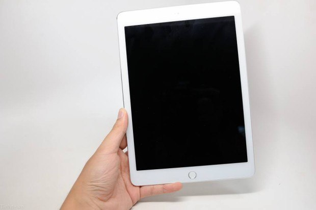 Here's a close look at the rumored iPad Air 2 features. Image via tinhte.vn