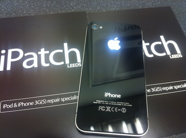 iPatch iPhone glowing Apple Logo