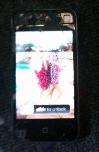 iPhone 4 broken screen on
