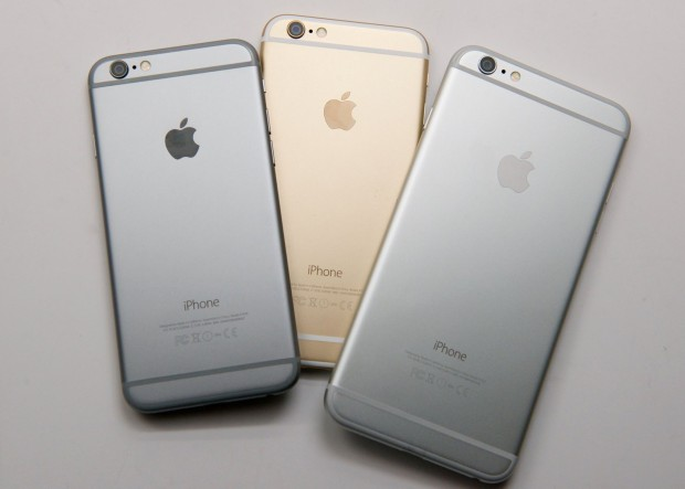 Here's help to decide if you should buy the iPhone 6 or iPhone 6 Plus.