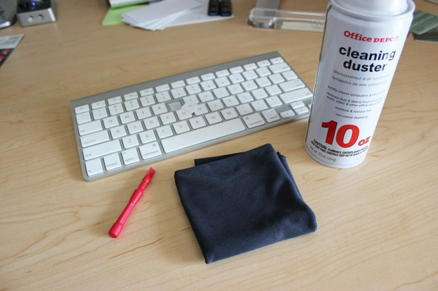 how to clean your mac keyboard. Black Bedroom Furniture Sets. Home Design Ideas