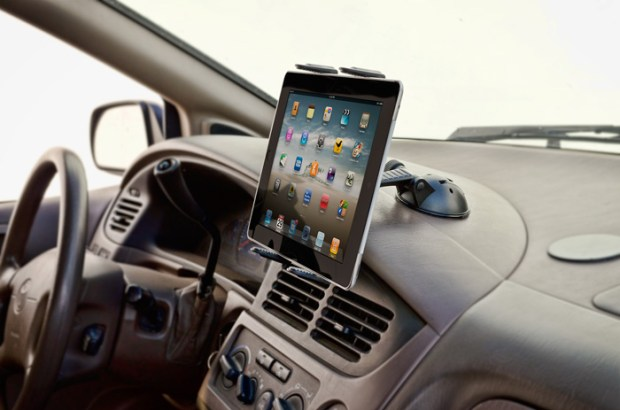 tablet-sticky-dash-mount-incar