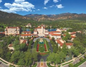 Image of the Broadmoor resort