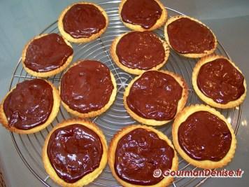 Tartelettes-amandes_-framboises-et-chocolat-6