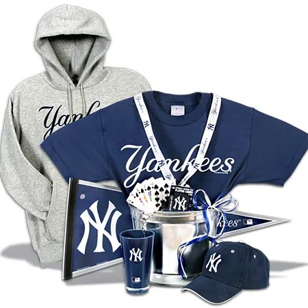 New york yankees gift basket deluxe photobox for Gifts for new yorkers