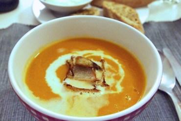 Melonen-Karottensuppe mit scharfem Kokosschaum und Fenchel |GourmetGuerilla.de