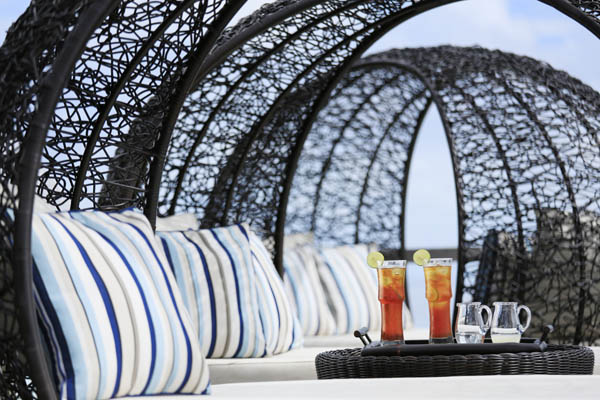 Kurumba The_Beach_Bar_Outdoor