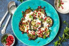 Gegrillte Auberginen 1001 Nacht mit Sesam-Soße, Granantapfel und Pistazien |GourmetGuerilla.de