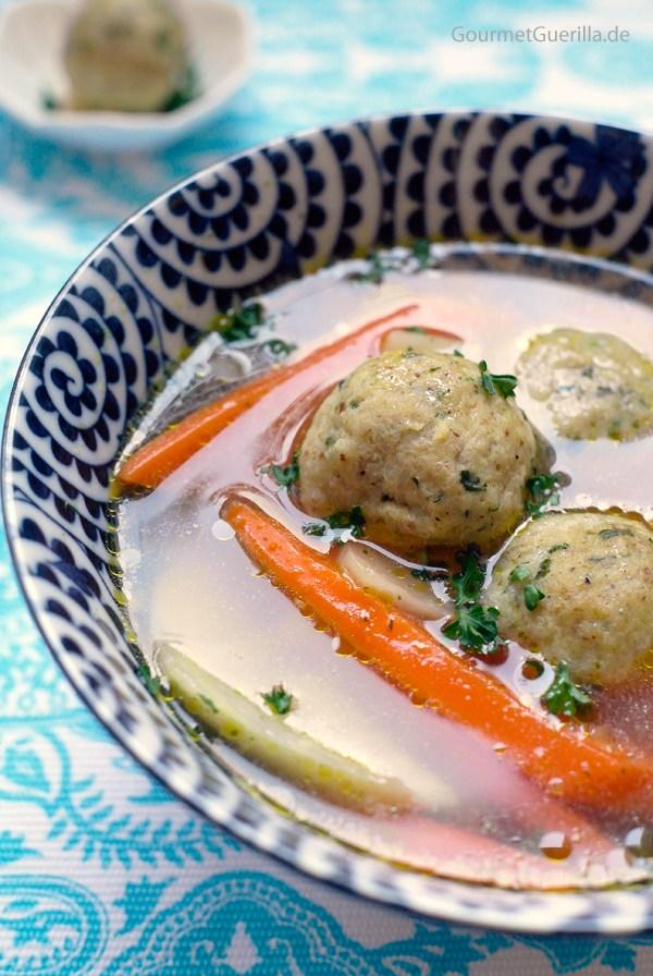 Matzo-Ball-Soup-aka-Mazze-Klosssuppe |GourmetGuerilla.de