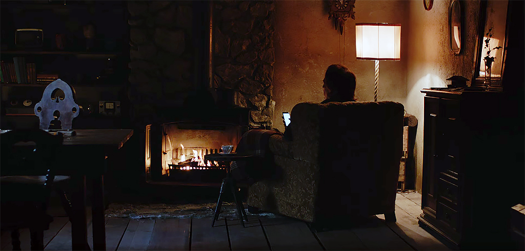 Moving new TV spot from Apple combines horror and the holiday spirit