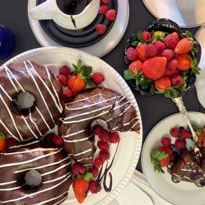 Hot Cakes Bakery - Chocolate Mountain Cake 3