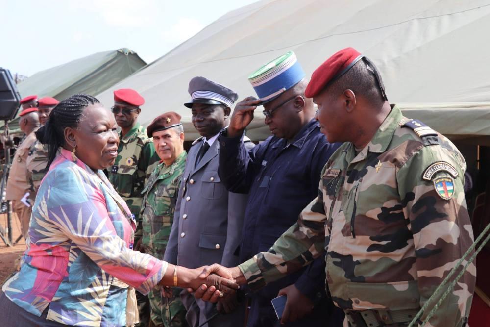LES ÉTATS UNIS OFFRENT 57 VÉHICULES AUX FORCES ARMÉES CENTRAFRICAINES