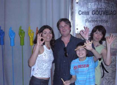Gouveiac with good friends frot her studio in Nice 2009