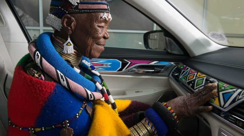 Esther Mahlangu, the Matriarch of Contemporary Ndebele Art, Receives Honorary Doctorate