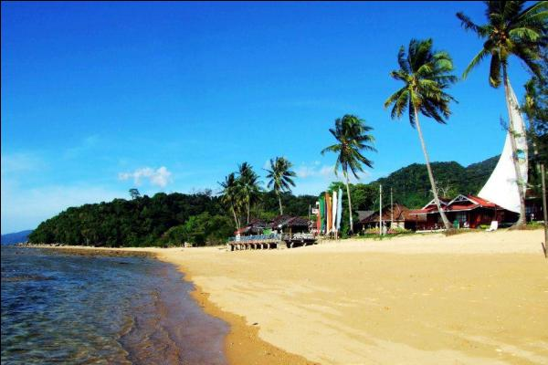 Paya Beach Resort Beach