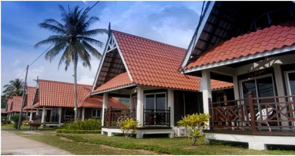 Paya Beach Resort Deluxe Chalet Outlook